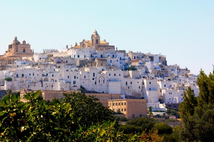travel-with-us_ostuni